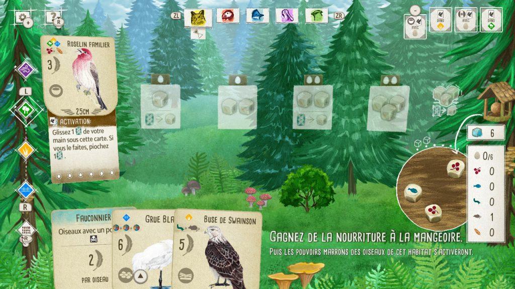 Capture d'écran d'une partie en cours. Il y a une mangeoire sur le côté, une carte oiseau (Roselin familier) est placée dans le premier habitat. En bas de l'image se trouve la main: un bonus Fauconnier, une Grue et une Buse de Swainson.